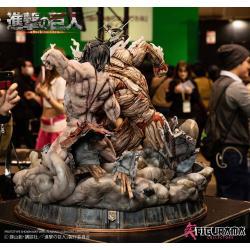 Attack on Titan Elite Exclusive Statue Eren vs Armored Titan 61 cm