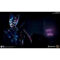 Batman Returns: Michelle Pfeiffer - Catwoman Premium Statue