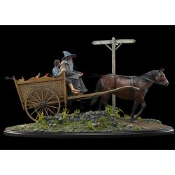 The Lord of the Rings: The Fellowship of the Ring Statue 1/6 Gandalf & Frodo on Cart 78 cm