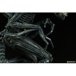 Alien Warrior Statue by Sideshow Collectibles