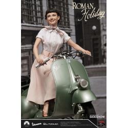 Roman Holiday Statue 1/4 Princess Ann (Audrey Hepburn) & 1951 Vespa 125 44 cm