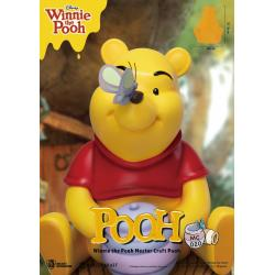 Disney: Master Craft Winnie the Pooh Statue