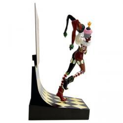DC Comics Estatua Premium Motion Harley Quinn 23 cm