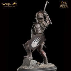 El Señor de los Anillos Estatua 1/6 Uruk-Hai Swordsman 43 cm