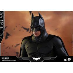 HOT TOYS QS009 BATMAN BEGINS BATMAN CHISTIAN BALE 1/4 COLLECTIBLE