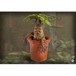 Harry Potter Estatua Magical Creatures Mandrake 13 cm