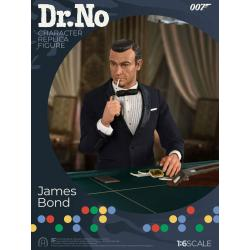 Dr. No Collector Figure Series Action Figure 1/6 James Bond Limited Edtion 30 cm