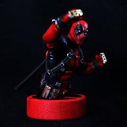 Marvel Bust 1/6 Deadpool 16 cm