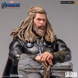 Avengers: Endgame Legacy Replica Statue 1/4 Thor 61 cm