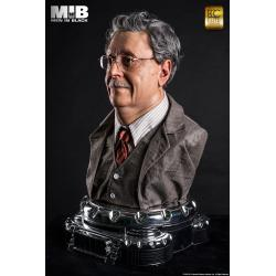 Rosemberg 1:1 scale bust men in black