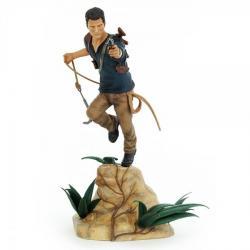Uncharted 4 A Thief\'s Estatua PVC Nathan Drake 30 cm