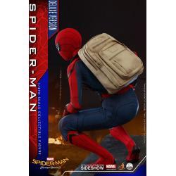 Spider-Man (Deluxe Version)  Quarter Scale Figure by Hot Toys Spider-Man: Homecoming - Quarter Scale Series