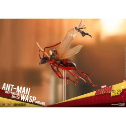 Ant-Man on Flying Ant and the Wasp Diorama by Hot Toys Collectible Set - MMS Compact Series