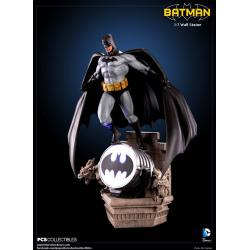 DC Comics: Batman Edad Moderna 1: 7 Escala Estatua de pared