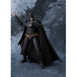 BATMAN THE DARK KNIGHT FIGURA 15 CM BATMAN THE DARK KNIGHT S.H. FIGUARTS