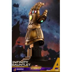 Infinity Gauntlet Quarter Scale Figure by Hot Toys Accessories Collection Series - Avengers: Infinity War