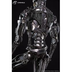 Terminator Genisys: Life Sized T-800 Endoskeleton Statue