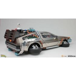 Regreso al Futuro II Estatua con luz DeLorean Time Machine Floating Ver. 22 cm