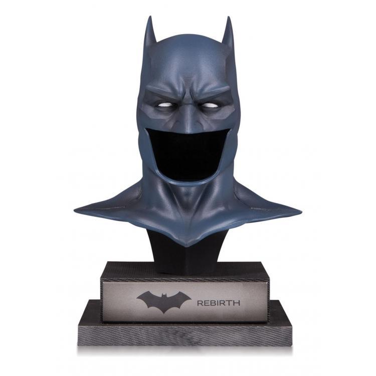 DC Gallery Busto 1/2 Rebirth Batman Cowl 22 cm