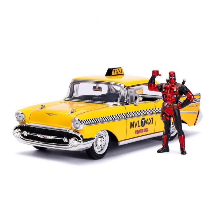 Deadpool Vehículo 1/24 Deadpool Yellow Taxi con Figura