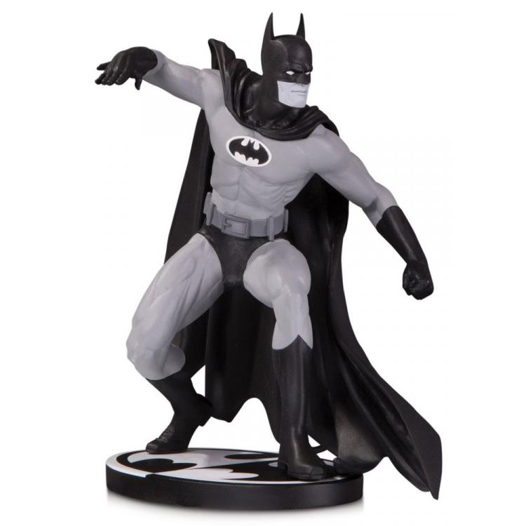 Batman Black & White Estatua Batman by Gene Colan 17 cm