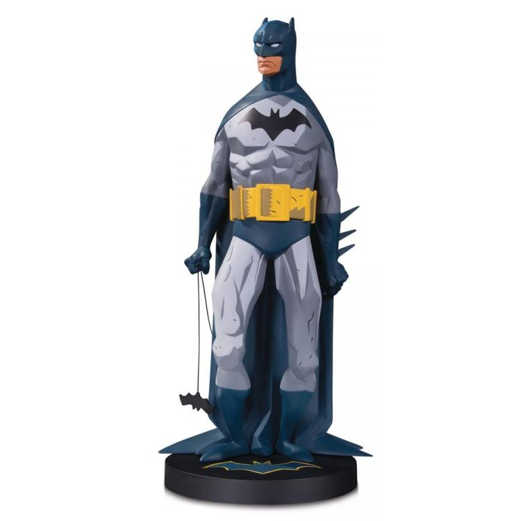 DC Designer Series Estatua Mini Metal Batman by Mike Mignola 19 cm
