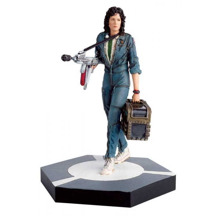 The Alien & Predator Figurine Collection Figura Warrant Officer Ellen Ripley (Alien) 11 cm