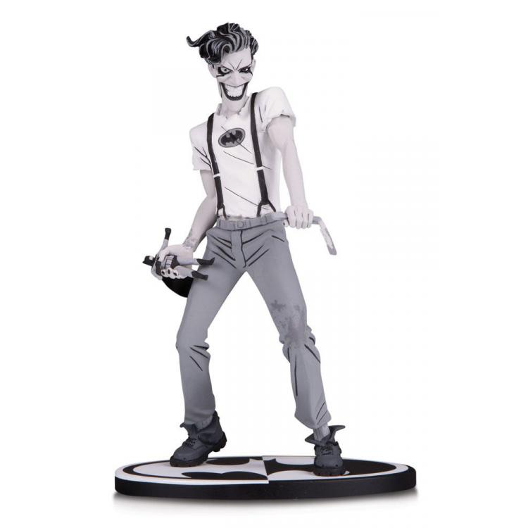 Batman Black & White Estatua The White Knight Joker by Sean Murphy 18 cm
