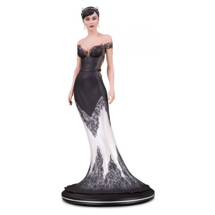 DC Cover Girls Statue Catwoman Wedding Dress by Joëlle Jones 26 cm