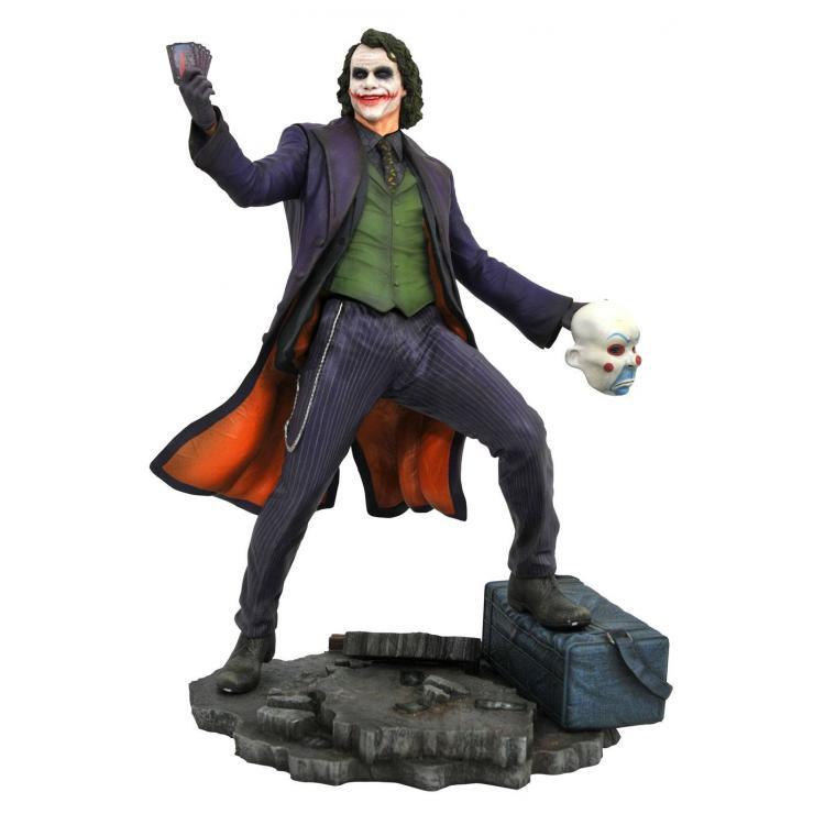 The Dark Knight DC Movie Gallery Estatua The Joker 23 cm