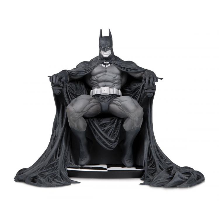Batman Black & White Statue Batman by Marc Silvestri 15 cm