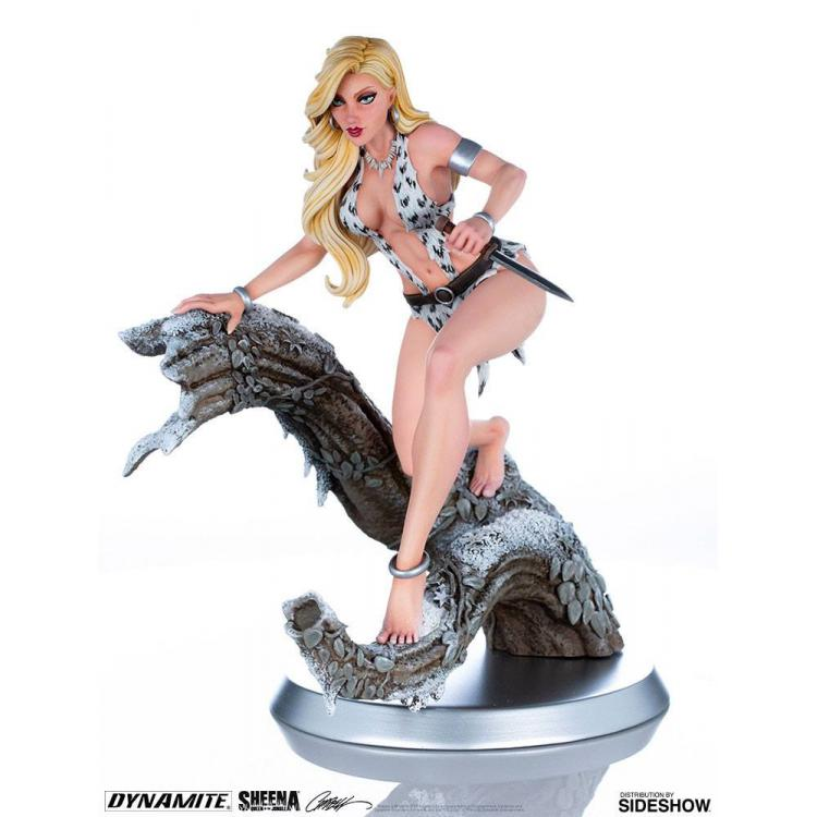 Women of Dynamite Estatua 1/6 Sheena (Arctic Variant) by J. Scott Campbell 25 cm